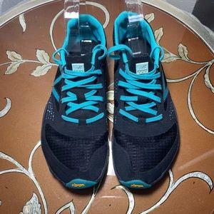 "NB Minimus WT00BK ""barefoot"" trail running shoe 7B"